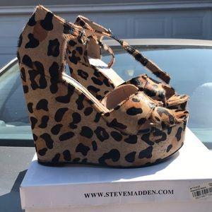 Steve Madden Winery leopard wedges
